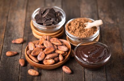 Les Agents d'enrobage s'utilisent dans l'industrie agro-alimentaire comme additifs. En fait, l'idée est de donner un aspect lisse et brillant aux produits.
